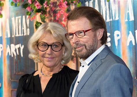 Where Are They Now Former Yes Members Henry Potts | mamma mia abba reunites but only for a restaurant