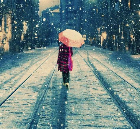 whatsapp wallpaper of rain girl in rain profile dp for whatsapp and facebook