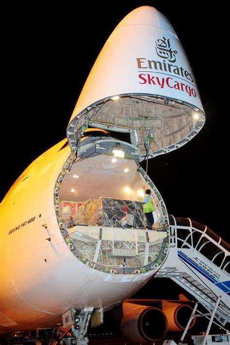 emirates skycargo boeing 747 freighter cargo airlines emirates skycargo boeing