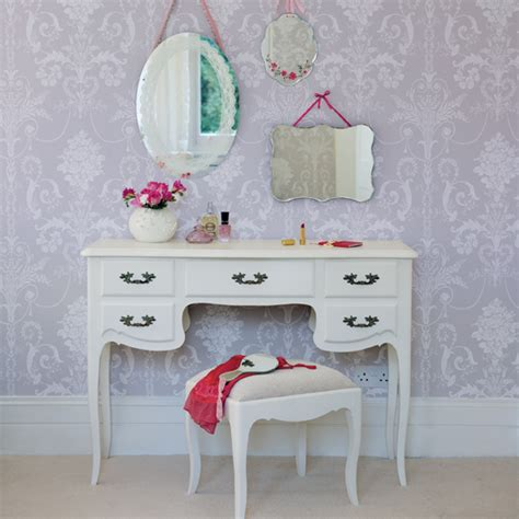 Vanity Girly Table So I Recently Bought A Bedroom Vanity On Crap