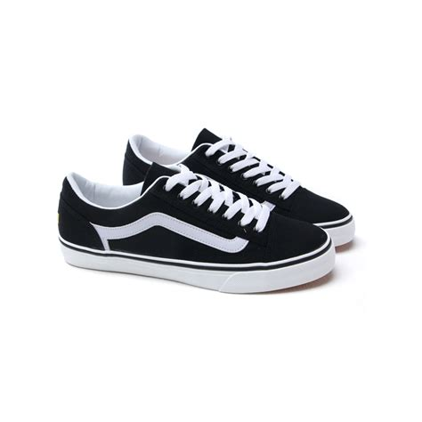 white eyelet sneakers mens chic black white tip eyelet lace up