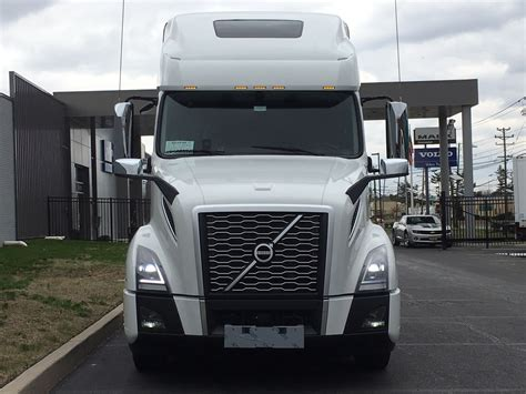 2020 Volvo Truck by New 2020 Volvo Vnl64t760 Tandem Axle Sleeper For Sale 8864