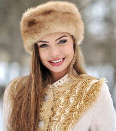 ultimate guide  dating  russian woman romance scams