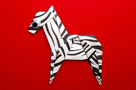 How To Make A Paper Zebra - 1000 images about origami on monkey