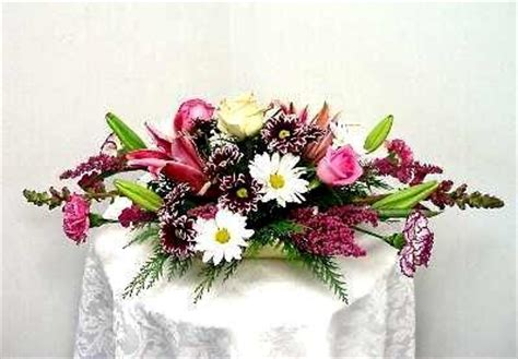 Attractive How To Establish A Church #5: Horizontal-floral-arrangement.jpg