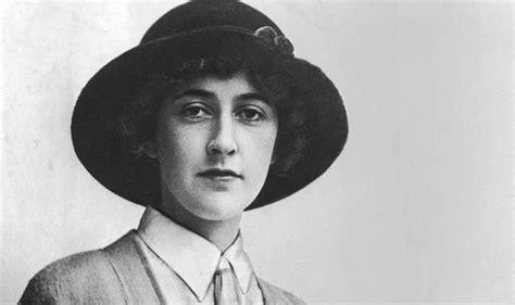 Bundel Agatha Christie 5 Agatha Christie Berkualitas the plays of agatha christie