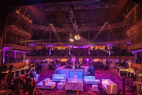 Times Square New Years Eve at Hammerstein Ballroom   NYC