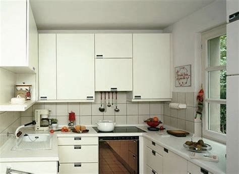 Practical U Shaped Kitchen Designs For Small Spaces Fall Kitchen Design Small House