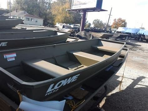 2017 lowe boats l1040 jon jon boat new and used boats for sale in illinois