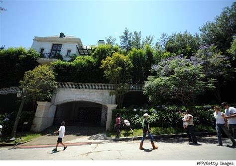 michael jackson s last home will it sell at 10 million less