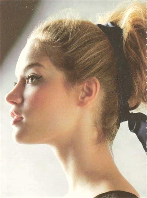 lady neck hair ponytails reduce dandruff 15 ridiculous hair myths you