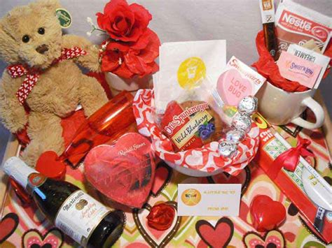 valentines day gift ideas for him her girl friend boy valentine s day gift ideas for her and him