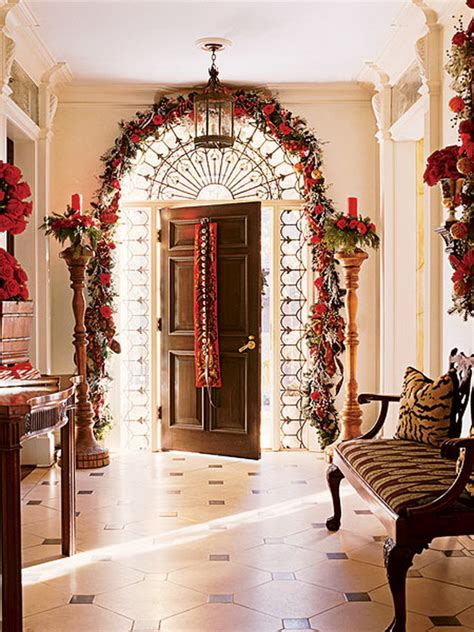 50 fresh festive christmas entryway decorating ideas