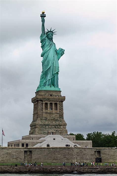 statue of liberty l statue of liberty facts and history