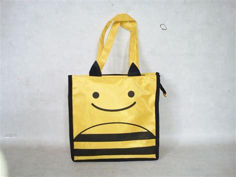 Tas Ultah Anak Souvenir Ulang Tahun Goodiebag Resleting Sofia jual tote animal parasut tas souvenir ulang tahun goodie