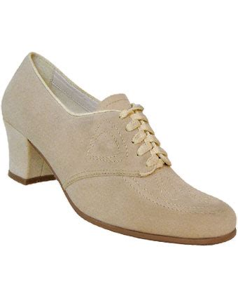 womens 1920s and 1930s fashion shoe styles