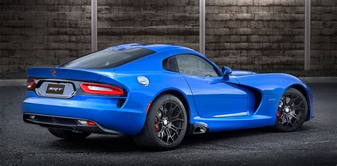2014 dodge viper horsepower 2015 dodge viper srt gets 5 more horsepower new grades
