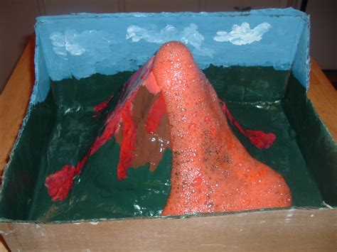 Handmade Volcano - make an erupting volcano project how things work
