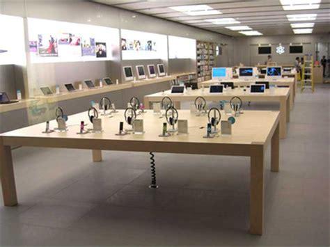 Fetzer Maple Desks by Apple Apple Store Maple Wood Desk Sumally サマリー
