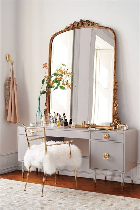 Vanity In Bedroom Bedroom Vanities With Classic And Modern Design Resolve40