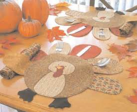 diy holiday decor 14 thanksgiving placemat ideas