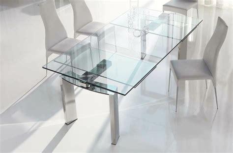 Ausziehbarer Esstisch aus Glas, Holz und Kunststoff