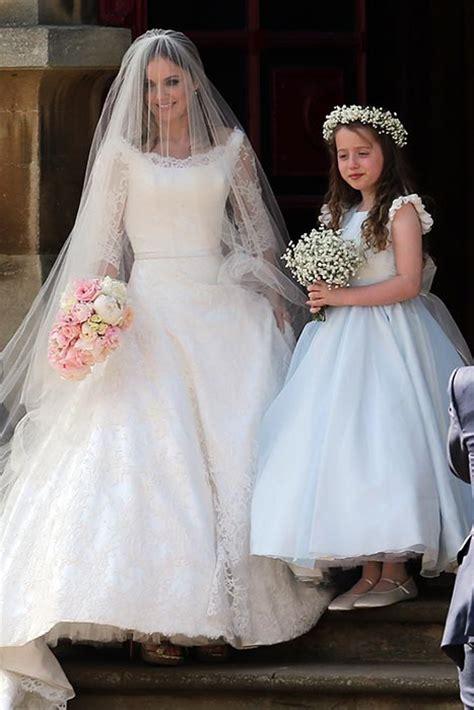 geri halliwells wedding dress designer reveals
