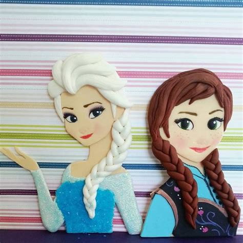 frozen fondant cake frozen fondant and fondant cake toppers on