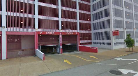 West Garage by Stadium West Garage At 100 S 9th St St Louis Parking