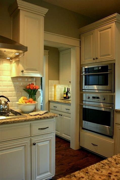 25 best ideas about santa cecilia granite on