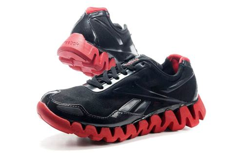 china sports shoes reebok