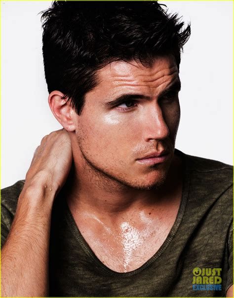 news photos and videos just jared newhairstylesformen2014 com robbie amell news photos and videos just jared