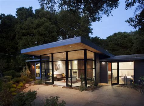 architect eichler mixing up the modern renovated 1960 s house has touches