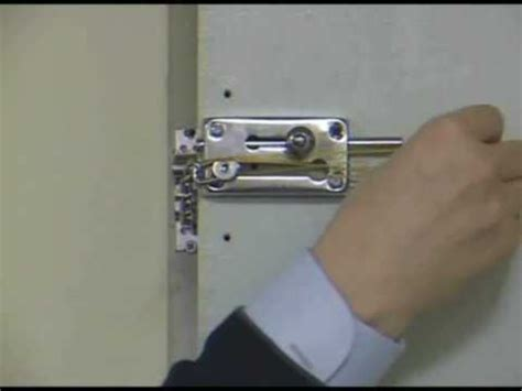 The Linebacker Articulating Door Bar by The World S Best Door Lock The Linebacker Articulatin Doovi