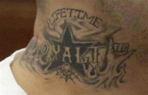 aaron hernandez was rocking a very handsome prison tat in