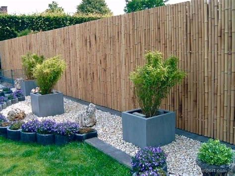 Backyard Bamboo Fencing by 25 Best Ideas About Bamboo Fencing On Tuin