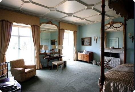 bedroom design grantham 1000 images about downton dollhouse on pinterest lady