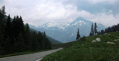 Find In Switzerland Fifteen Roads You Ll Find In Switzerland
