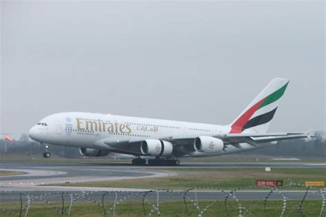 cabin crew vacancies cabin crew vacancies in emirates johnmilisenda