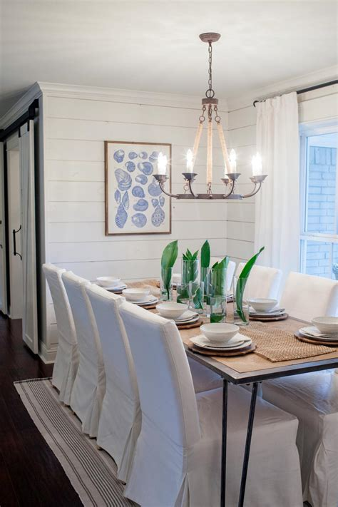 Joanna Gaines Dining Room Lighting Photos Hgtv S Fixer With Chip And Joanna Gaines Hgtv