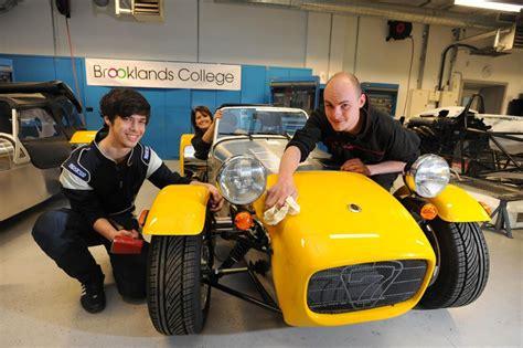 uk students build caterham kit cars autoevolution