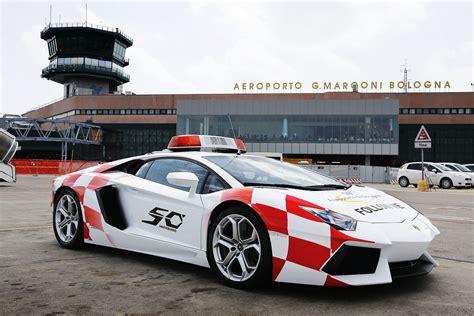 Lamborghini Bologna by Lamborghini Aventador Reports For Taxi Duty At Bologna