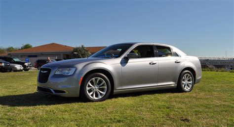Reviews For Chrysler 300 by 2015 Chrysler 300 Limited Review