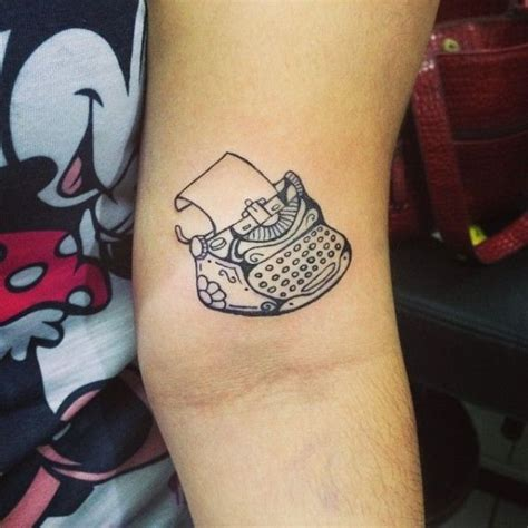 typewriter tattoo best 25 writer ideas on hp pen