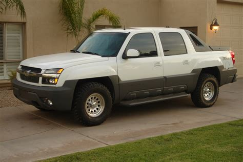 how make cars 2002 chevrolet avalanche 1500 parking system 2002 chevrolet avalanche overview cargurus