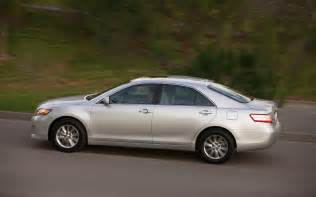 Toyota Camry Hybrid Review 2011 2011 Toyota Camry Reviews And Rating Motor Trend