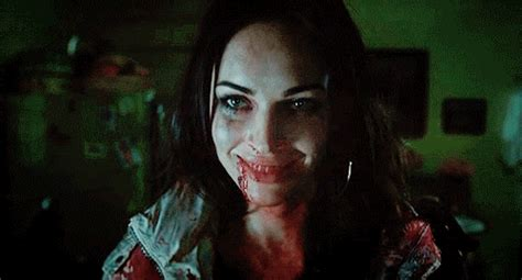 Jen Finds Out The Scary About New jennifers smile gif find on giphy