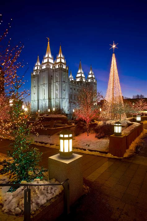 5 Things You Didn T Know About The Temple Square Lights Mormon Temple Lights
