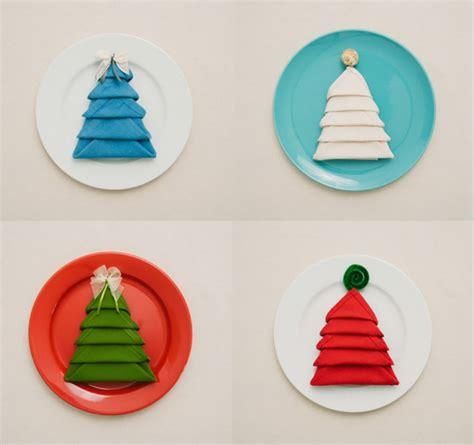 tischdeko weihnachten teller servietten falten weihnachten deko ideen
