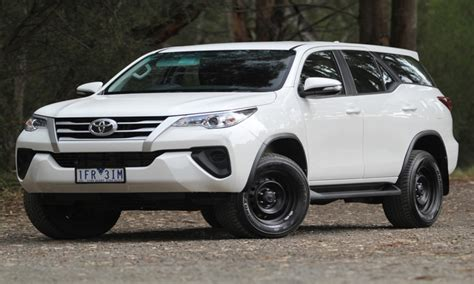 toyota seven seater vehicles image gallery 7 seater vehicles